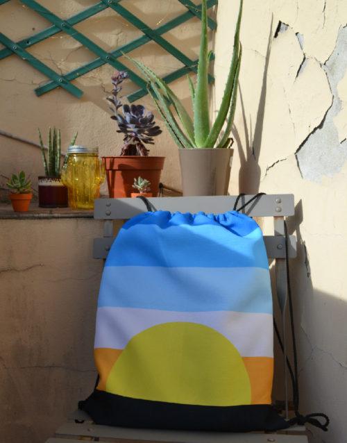 Sunrise Drawstring Bag in action