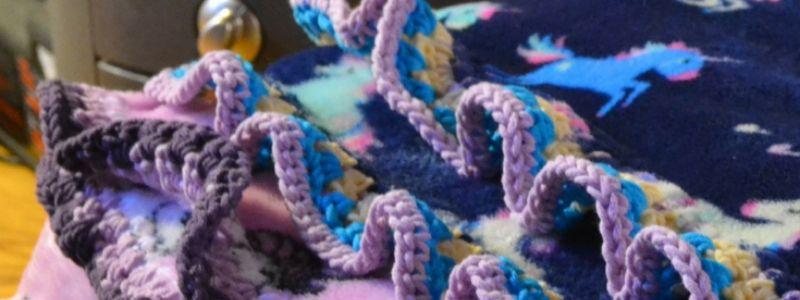 How to crochet edges around a fleece blanket